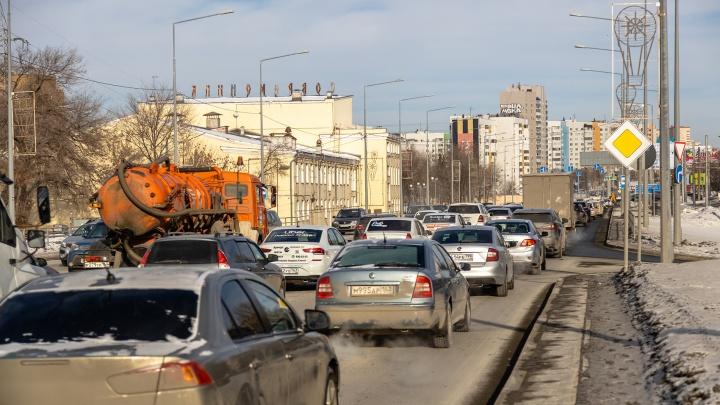 «Будет очень сложно»: как организуют движение после закрытия Ново-Садовой