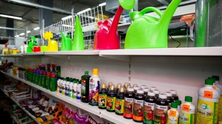 Миллион товаров в одном месте: в Тюмени стартовала распродажа к дачному сезону