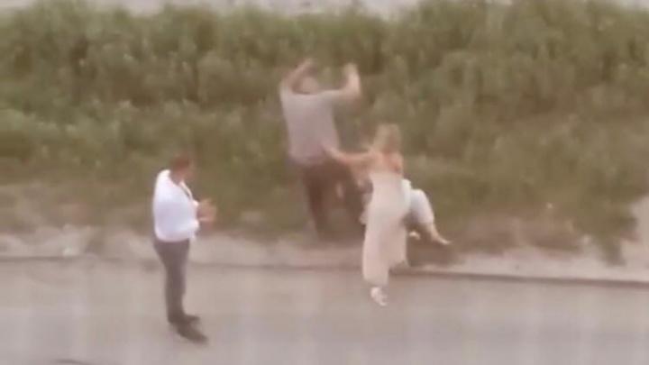 Свой выпускной она запомнит надолго: в Волгограде отец избил дочь-выпускницу