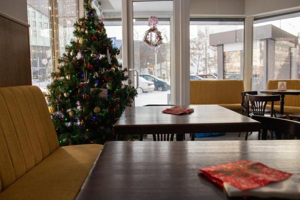 Недавно в Красноярске начали открываться новые пекарни — на месте сети «Бельгийские пекарни» появились заведенияVivo&Jolly