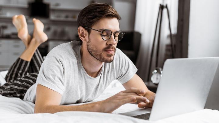 Челябинские клиенты Tele2 по ночам выбирают технику в интернет-магазинах