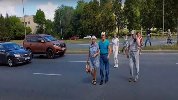 Не хотим бросаться под колёса: тольяттинцы попросили мэра и ГИБДД сделать «зебру» напротив «Океана»