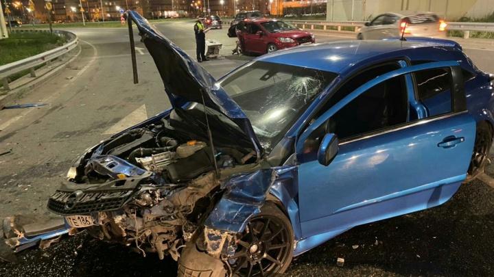 Пьяный водитель на Opel устроил ДТП на Федюнинского — пострадали три человека