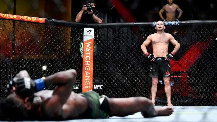 Стало известно, когда уральский боец Пётр Ян проведет бой-реванш за титул чемпиона UFC