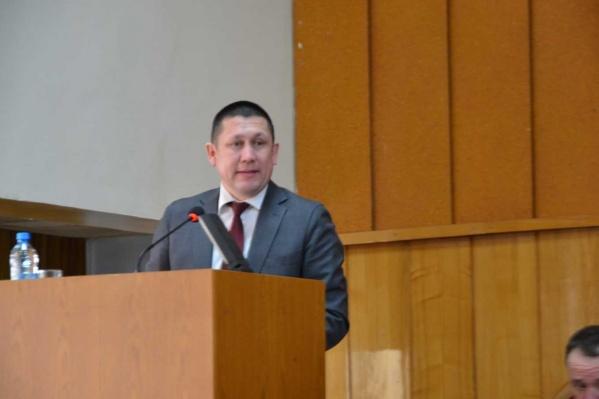 По версии следствия, Ильдар Мустафин незаконно раздавал земельные участки