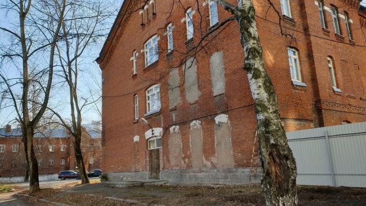 Росгвардейца, обвиняемого в надругательстве над школьником, приговорили к 14 годам колонии