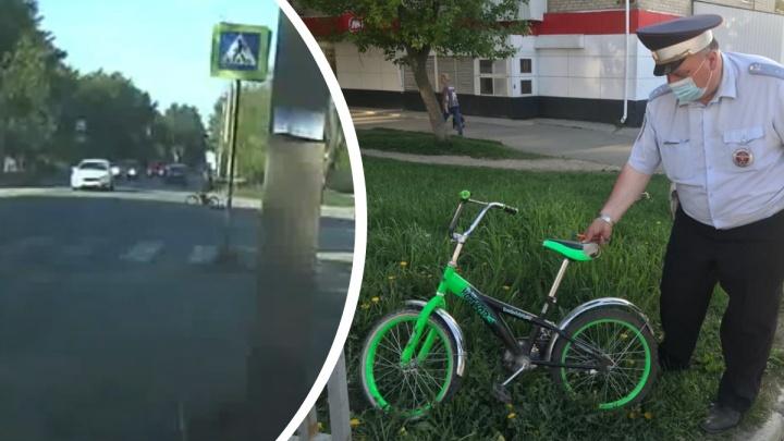 В Екатеринбурге Ford сбил 10-летнего велосипедиста. Происшествие попало на видео