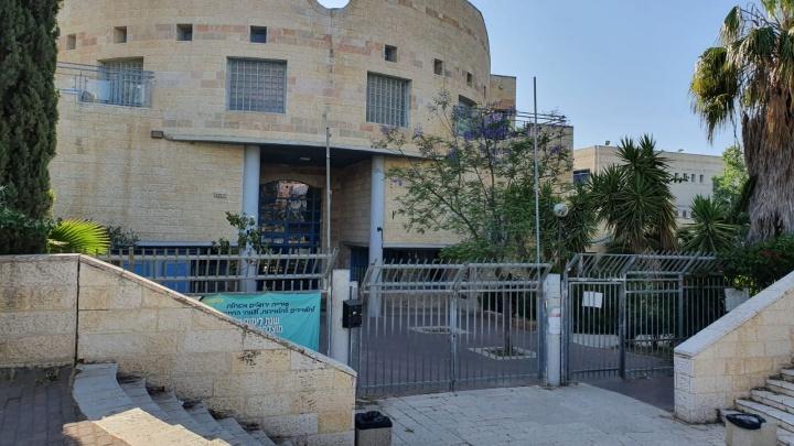 Ни металлодетекторов, ни бабушек-вахтеров: как охраняют школы в Израиле, где никогда не было «Колумбайнов»
