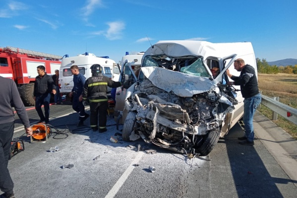 Число погибших в аварии увеличилось до пяти