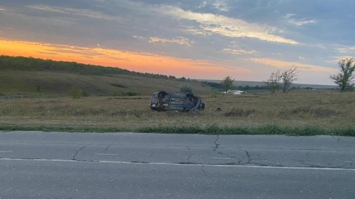 Погиб пассажир: с трассы под Самарой слетела Skoda