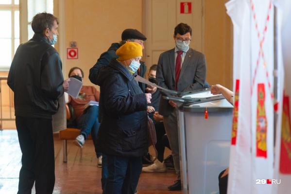 За два дня на выборы пришла лишь четверть жителей Поморья