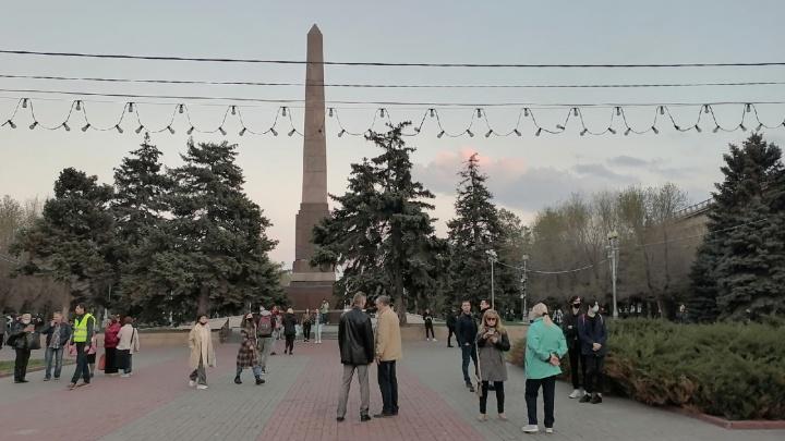 В центре Волгограда начались задержания на несанкционированном митинге оппозиции