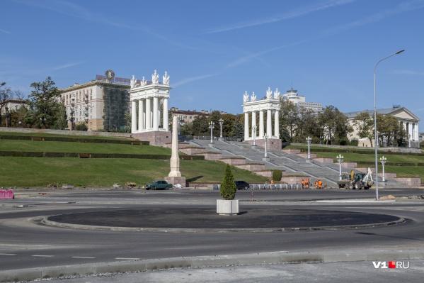 Кажется, что сейчас сквер, в понимании городских властей, — это хорошо заасфальтированный плац