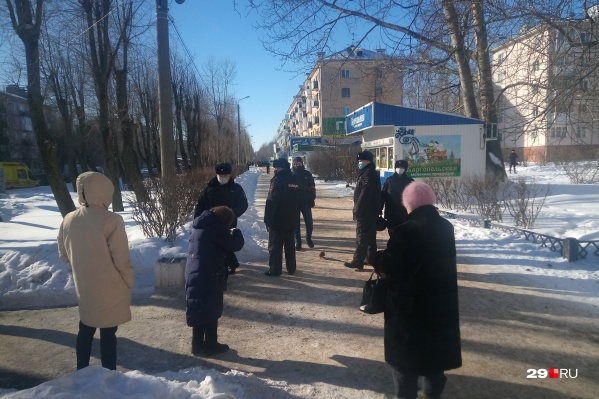 Район ЧП оцеплен, дежурит полиция