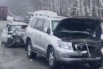 Авария произошла на встречной полосе