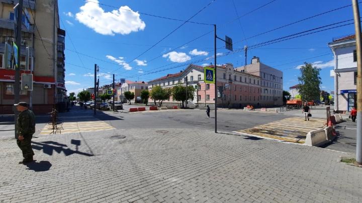 В Кургане до 25 июля закрыли перекресток улиц Ленина и Мяготина