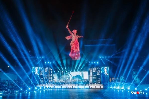 Екатерина Чуйкова раскритиковала власти за шоу на главной высоте России