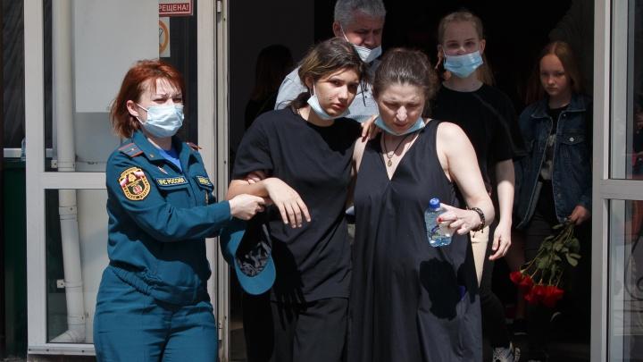 В Волгограде похоронили пятерых девочек, погибших в результате катастрофы в Ставропольском крае