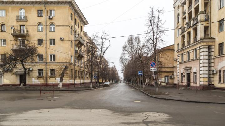 В Волгограде 7 апреля из-за многочисленных ям закроют улицу Ленина