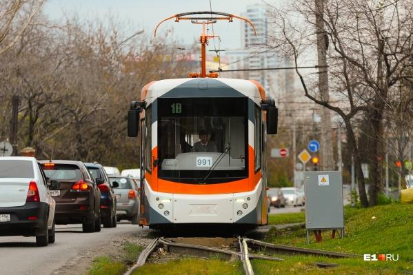 Идея трамвайной ветки на Широкую Речку и УНЦ войдет в генеральный план 2025 года