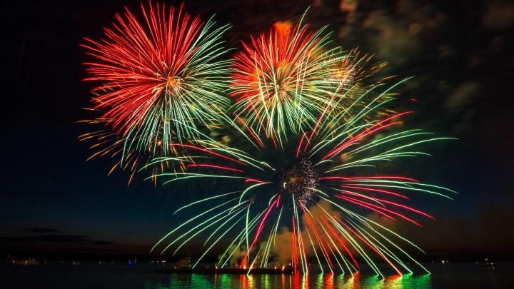 На День города в Самаре устроят 4 фейерверка