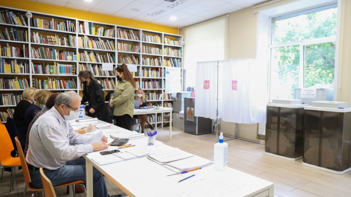 Кандидаты «Единой России» продолжают лидировать на выборах в Госдуму по округам Красноярского края