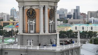 В Екатеринбурге одно за другим отменяют массовые мероприятия. А будет ли День города?