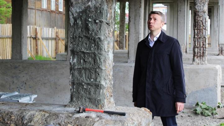 Экс-главу Котласа подозревают в получении взятки от гендиректора местной стройфирмы