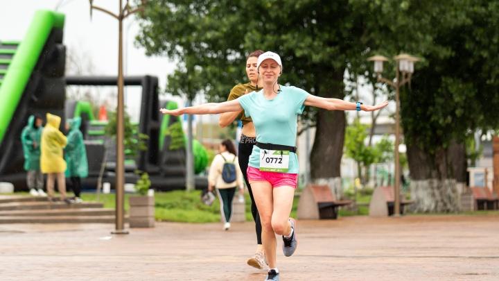 Бежать за матушку-природу. Фоторепортаж с «Зеленого марафона» в Ростове