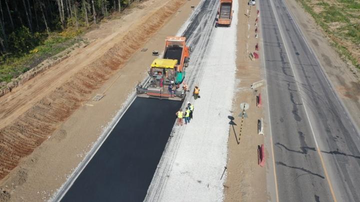 У строящегося моста через Чусовую заасфальтировали первый участок Восточного обхода