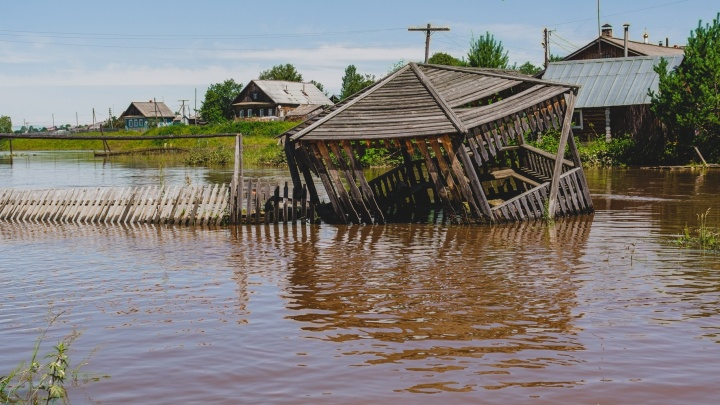 В Пермском крае ожидаются дождевые паводки. Как МЧС рекомендует себя вести в таких ситуациях