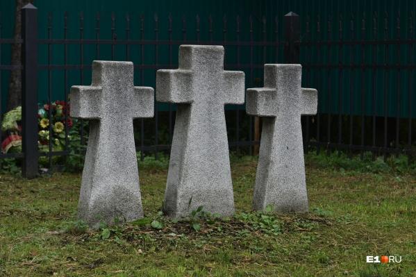 Число смертей растет, но похоронщики пока не заметили взрыва