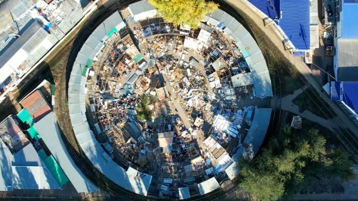 В Самаре начали сносить рынок в 15-м микрорайоне