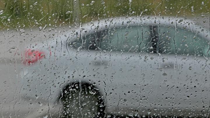 Гроза и сильный ветер: в Уфе изменится погода