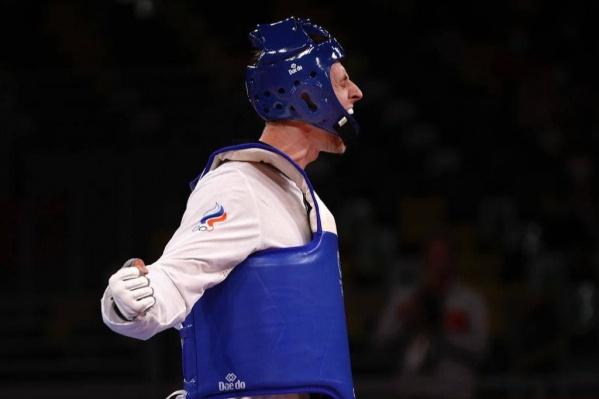 Выиграв золото, Ларин принес сборной еще одну медаль в тхэквондо в Токио