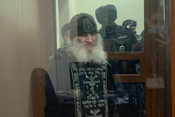 Экс-схимонах в обмороки не падал, ни на что не жаловался во время заключения в СИЗО