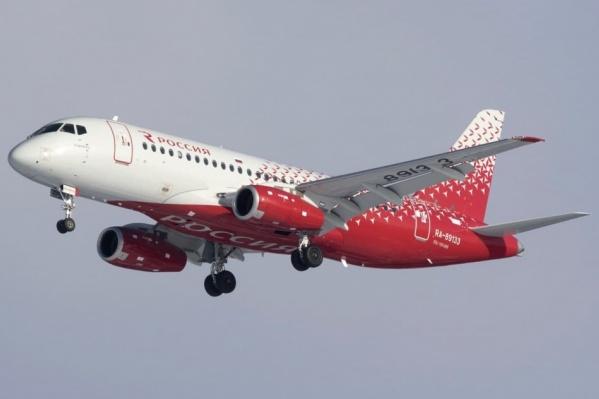 Самолет авиакомпании «Россия» вернулся в челябинский аэропорт через несколько минут после взлета
