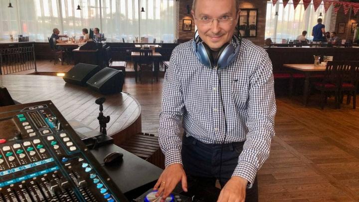 Фармаколог из Челябинска написал музыкальный трек, передающий коронавирусные ощущения