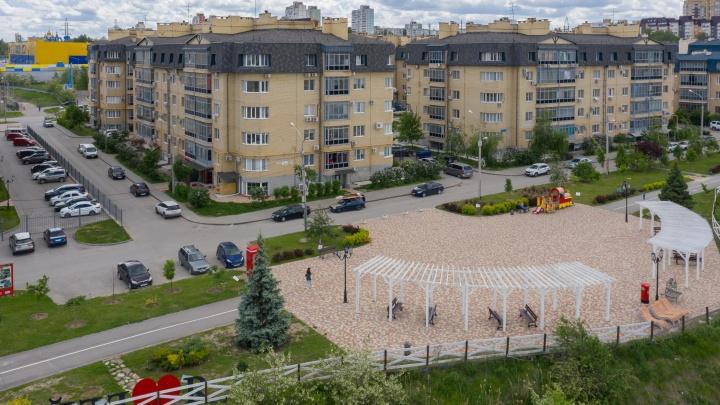 «Волгоградэнергосбыт» отключает от электроэнергии престижный микрорайон на севере Волгограда за долги