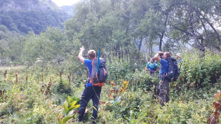 Спасатели показали, как идут поиски туриста из Челябинска, пропавшего в горах на юге России