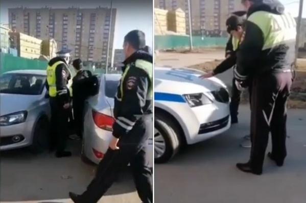 Водителя разбудили сотрудники ГИБДД
