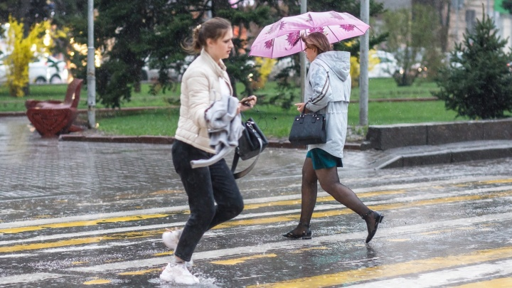 На Волгоградскую область надвигаются град и сильные дожди