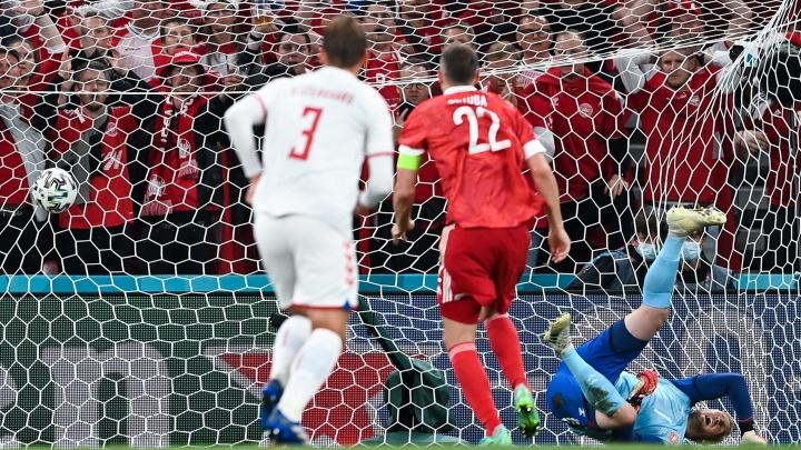 Датчане разгромили сборную России на Евро-2020
