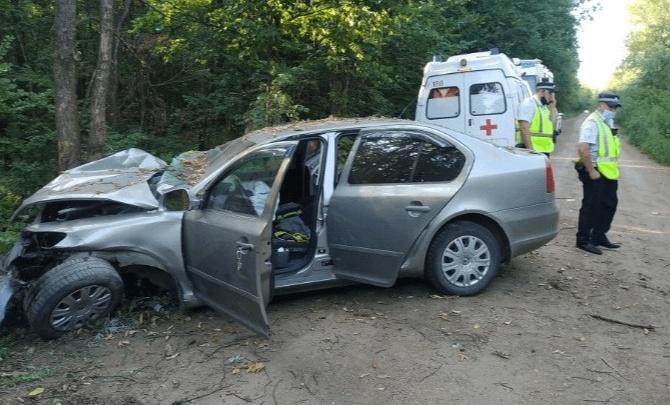 В Уфе спасли зажатого в автомобиле после ДТП водителя