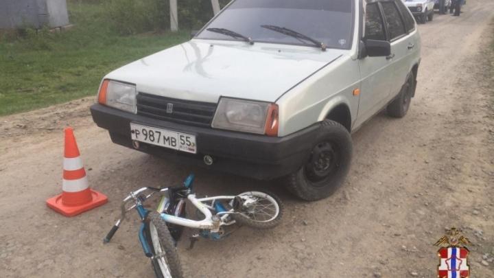 В Омской области 20-летний водитель сбил двух девочек