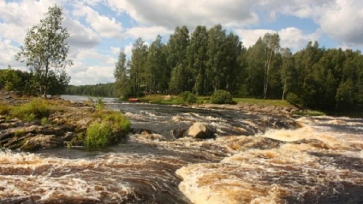 «Один погиб, второго ищем»: в Карелии продолжаются поиски пропавшего байдарочника из Волгограда