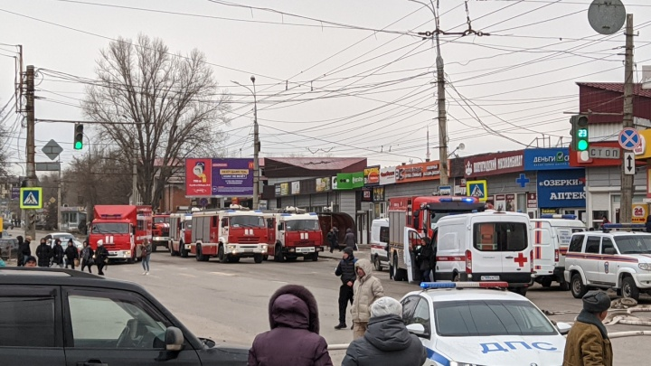 При пожаре на Качинском рынке в Волгограде пострадали три человека