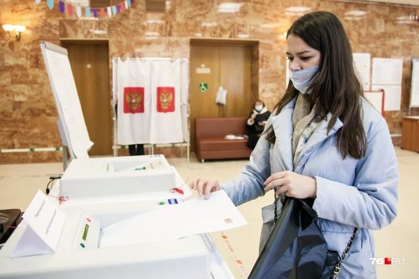 Итоги обычного голосования начали появляться быстрее, чем электронного