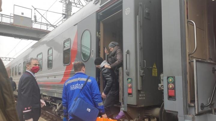 В Волгограде экстренно отправлена в больницу пассажирка поезда Адлер — Саратов