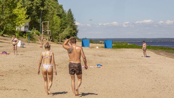 Мусор и кабинки: как оборудовали ярославские пляжи к купальному сезону. Видеообзор